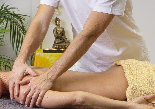 Aprender a dar un buen masaje erótico con una escort de Barcelona.