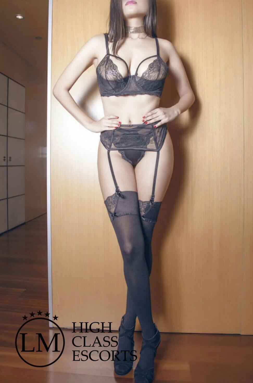 Mariana Escort de Barcelona – Escort seductora y sensual en Barcelona – Agencia de Escort Lola Marti