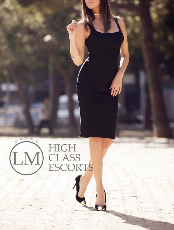 Estefania Escort de Barcelona – Escort de lujo en Barcelona – Agencia de Escorts Lola Marti