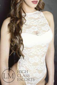 Iris Escort en Barcelona - Escort hermosa y sensual en Barcelona - Agencia de Escorts Lola Marti