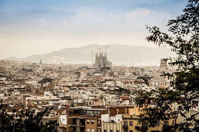 Guía para visitar Barcelona de la mano de una escort